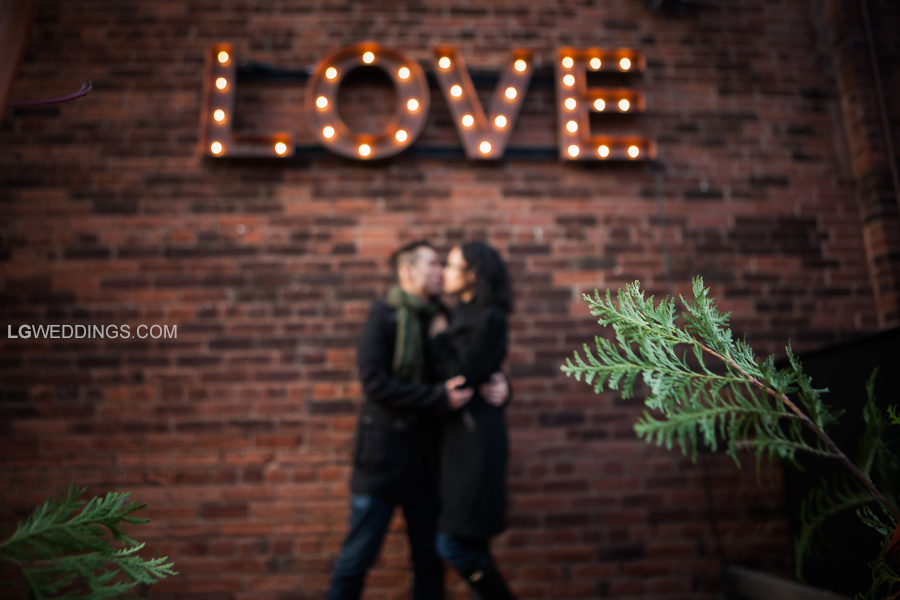 winter_christmas_market_distillery_district_engagement_session_001